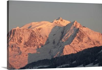 Mont Blanc mountain range, Megeve, Haute-Savoie, French Alps, France