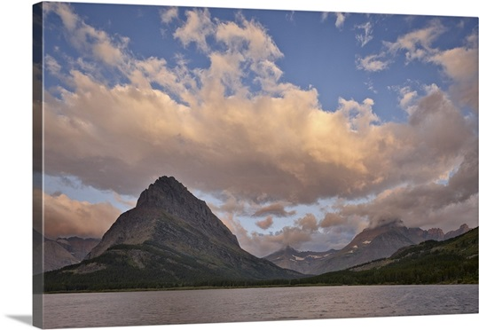 mount grinnell and swiftcurrent lake at dawn glacier national park