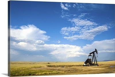 Oil rig in the savannah of Wyoming