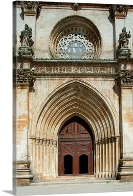 Santa Maria abbey door, Alcobaca, Estremadura, Portugal