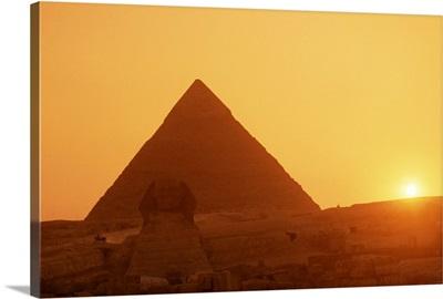 Sphinx and Kefren  pyramid, Giza, Cairo, Egypt