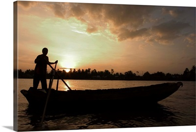 Sunrise, boats on the Mekong Delta, Cantho, Southern Vietnam
