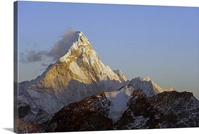 Sunset on Ama Dablam, Sagarmatha National Park, Himalayas, Nepal