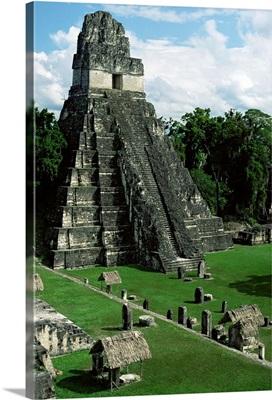 Temple of the Great Jaguar in the Grand Plaza, Mayan ruins, Tikal, Peten, Guatemala