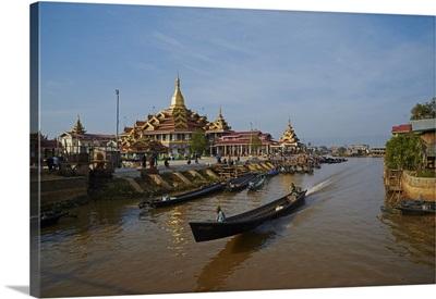 Temple, Paya Phaung Daw Oo, Inle Lake, Shan State, Myanmar