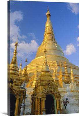 The great golden stupa, Shwedagon Paya, Myanmar (Burma)