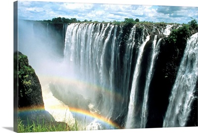 Waterfalls and rainbows, Victoria Falls, UNESCO World Heritage Site, Zambia, Africa