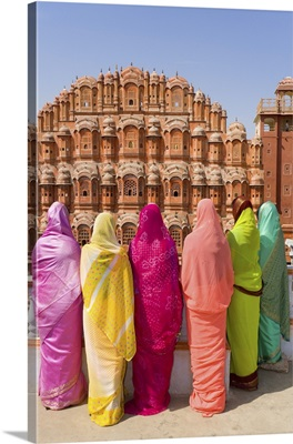 Women In Bright Saris In Front Of The Hawa Mahal, Jaipur, Rajasthan, India