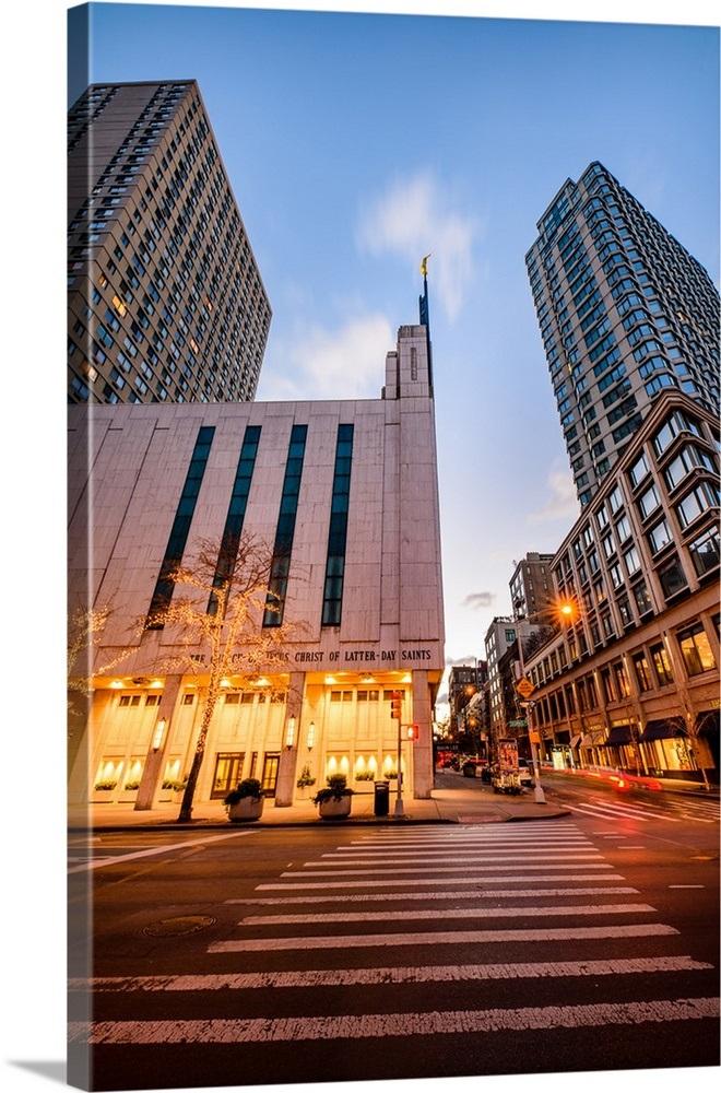 Manhattan New York Temple Crosswalk At Night New York City New