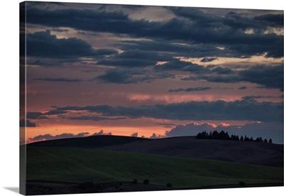 Beautiful sunset in the Palouse, Washington