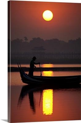 Fisherman and longtail boats by the Ubein Bridge, Burma