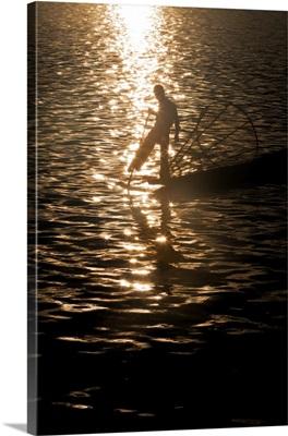 Inle Lake fisherman at sunrise, Inle Lake, Burma