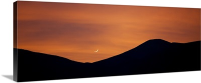 Sunset with moonrise in Death Valley National Park