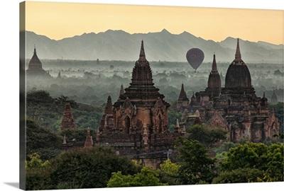 Temples of Bagan, Burma at sunrise