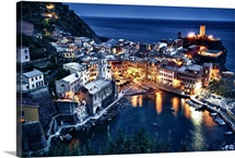 Vernazza after dark, Cinque Terre, Italy