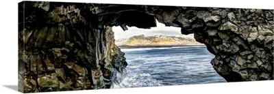 Black Sand Beaches On The Icelandic Coastline