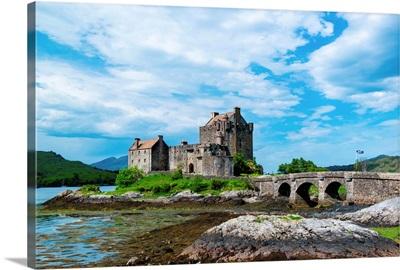Eilean Donan Castle in the highlands of Scotland
