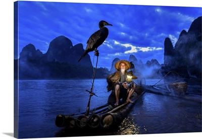 Fisherman Of Guilin, Li River And Karst Mountains At Dawn,  Guangxi, China
