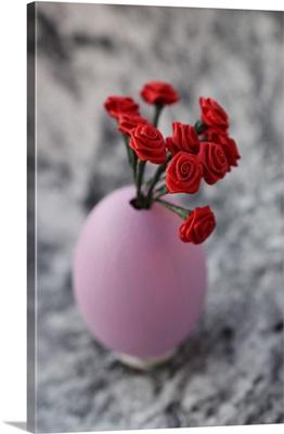 Miniature, decorative in pink egg