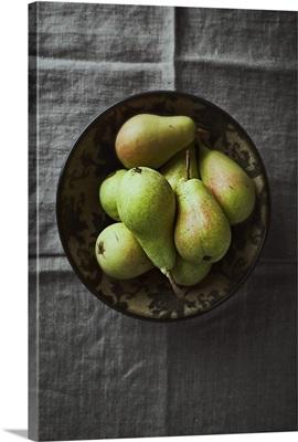 Pears in a ceramic bowl
