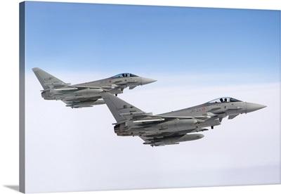 A pair of Italian Air Force F-2000A Typhoon aircraft