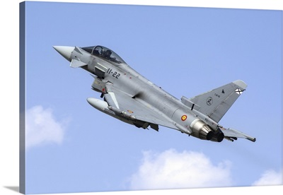 A Spanish Air Force EF-2000 Typhoon taking off