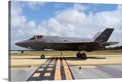 A US Air Force F-35A taxiing at Eglin Air Force Base, Florida