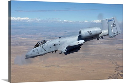 An A-10C Thunderbolt fires its 30mm cannon