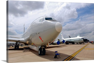 An E8C Joint STARS and a RC135V/W Rivet Joint aircraft