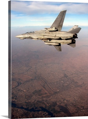 An F-14D Tomcat conducts a mission over Northern Iraq