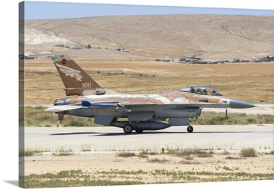 An Israeli Air Force F-16A/B Netz taxiing at Nevatim Air Force Base