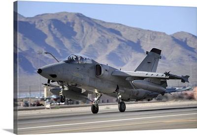 An Italian Air Force AMX fighter landing at Nellis Air Force Base in Nevada
