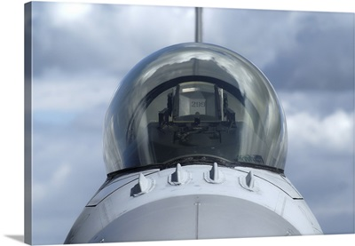 Close-up view of the canopy on a F-16A Fighting Falcon