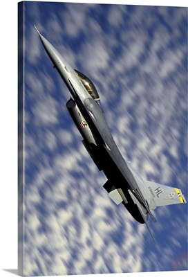 F-16 Fighting Falcon flying over Fallon, Nevada