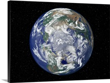 Fully lit Earth centered on the North Pole