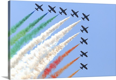 Italian Air Force aerobatic team Frecce Tricolori performing at Izmir Air Show