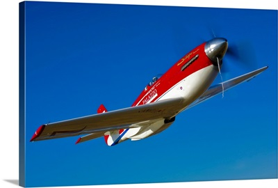 Strega, a highly modified P 51D Mustang used in unlimited air racing