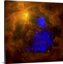 The Orion nebula in the infrared overlaid with XMMNewton Xray data in blue