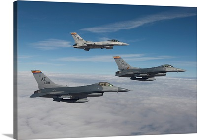 Three F-16s fly in formation over Arizona