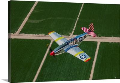 TP-51C Mustang in flight over Arizona