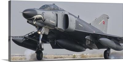 Turkish Air Force F-4 Phantom landing at Konya Air Base