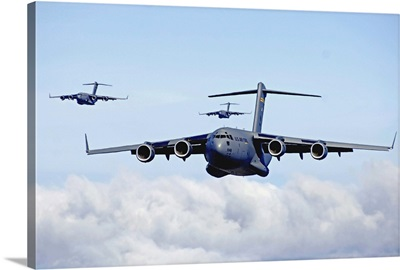 US Air Force C-17 Globemaster's in flight