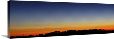 Wide panorama of Comet Panstarrs, Buenos Aires, Argentina
