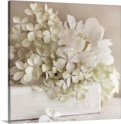 White Flowerbook