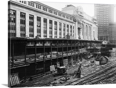 Construction on Grand Central Station in New York City, 1908