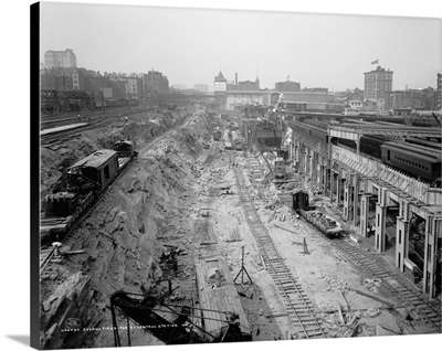 Excavations at the construction site of Grand Central Station in New York City, 1908
