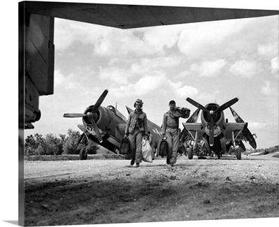 World War II: Okinawa, Pilots of the Marines torpedo bomber squadron