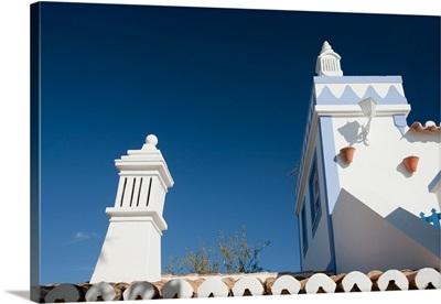 Typical architecture, town of Faro, region of Algarve, Portugal