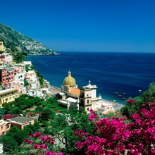 Italy, Campania, Positano, view over town and coast, Amalfi coast