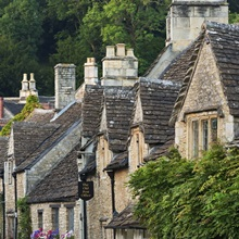 Cottages in Cotswolds village of Castle Combe, Wiltshire, England
